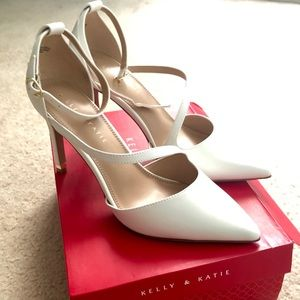 KELLY AND KATIE SEVAMA PUMP - White